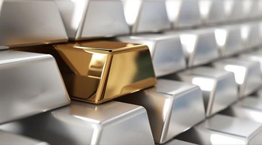 美国宣布对俄新一轮制裁 白银延续涨势后市表现料强于黄金