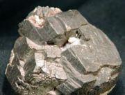 西部矿业:上半年铅金属产量200.38万吨