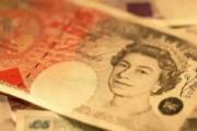 标准银行已建立英镑多头仓位 连目标和止损都给了!
